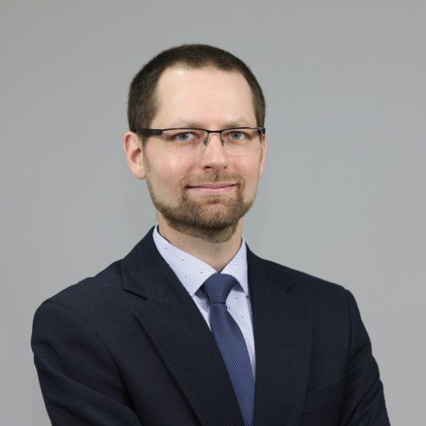 Zdjęcie portretowe Michała Fafińskiego