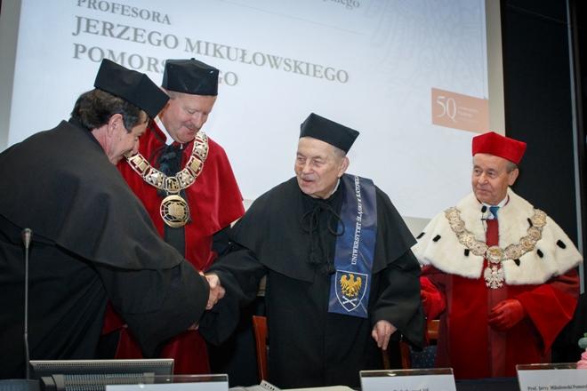 Prof. Jerzy Mikułowski Pomorski