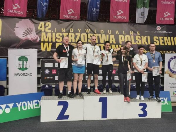 Ośmioro zawodników na podium