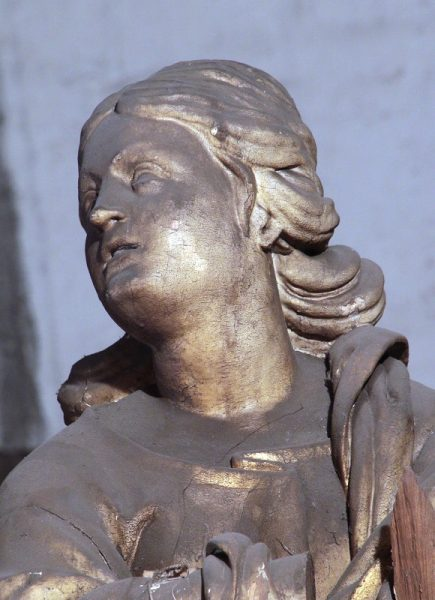 Fragment figury Immaculaty z ołtarza św. Józefa w kościele klasztornym w Lubiążu