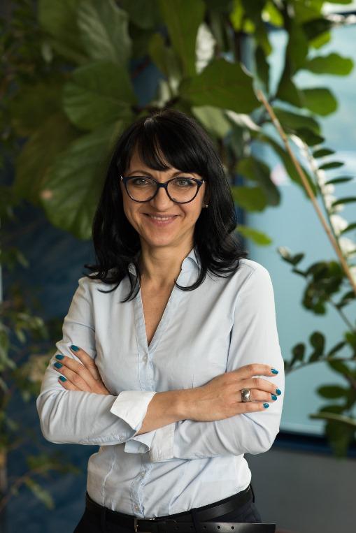 Zdjęcie portretowe prof. Ewy Łupikaszy