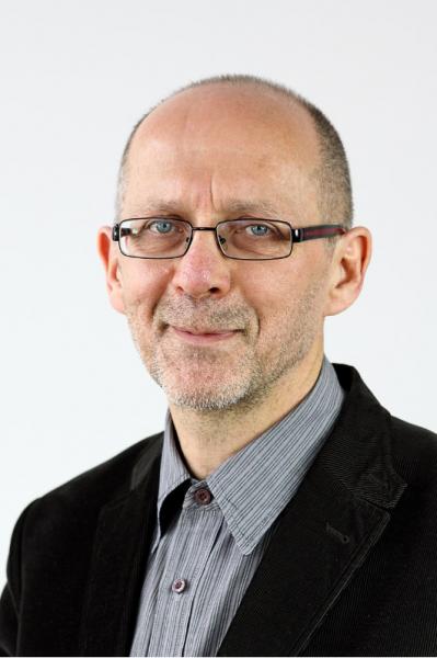 Zdjęcie portretowe prof. Piotra Skubały