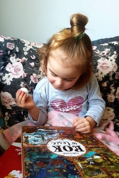 Dziecko z książką