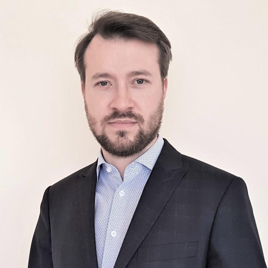 dr Dawid Matuszek – zdjęcie portretowe