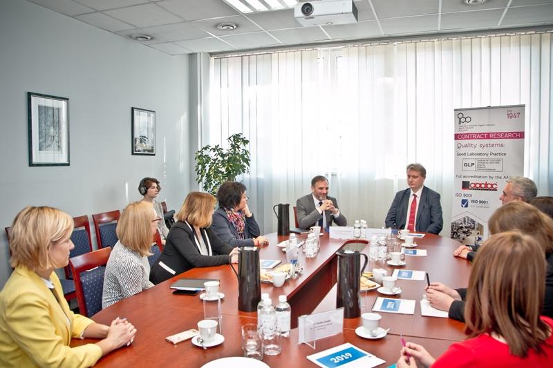 Uczestnicy spotkania, podczas którego zawarte zostało porozumienie
