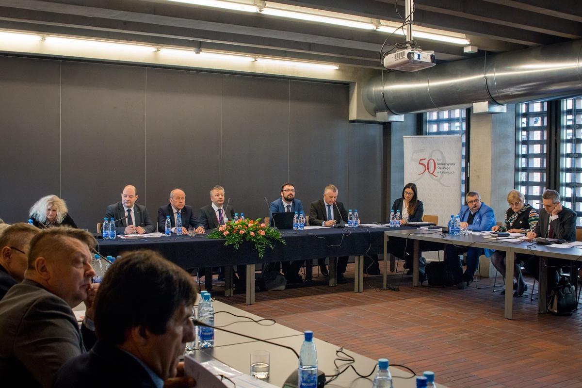 Uczestnicy posiedzenia Uniwersyteckiej Komisji Finansowej KRUP