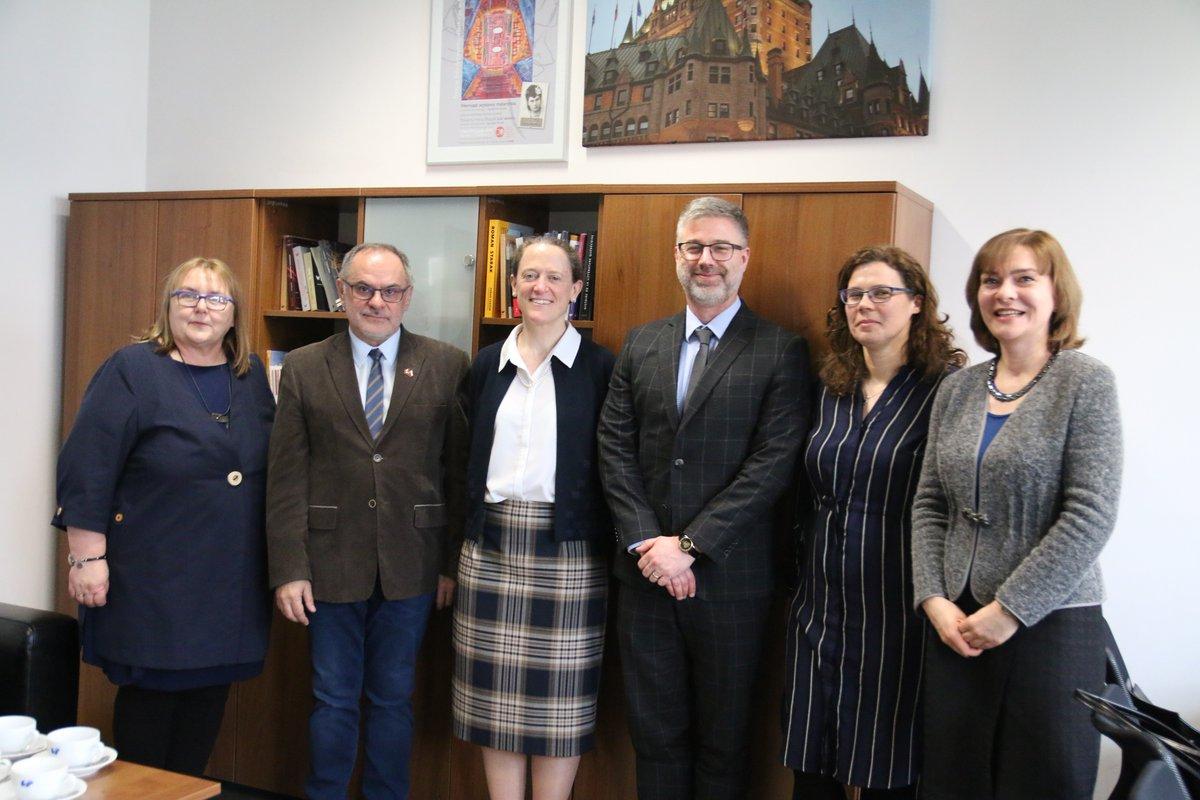 Ambasador Kanady i przedstawiciele Wydziału Filologicznego UŚ
