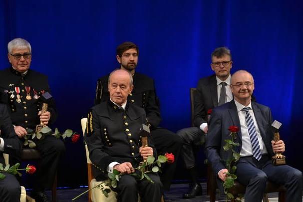 JM Rektor UŚ wśród laureatów nagród Czarny Diament