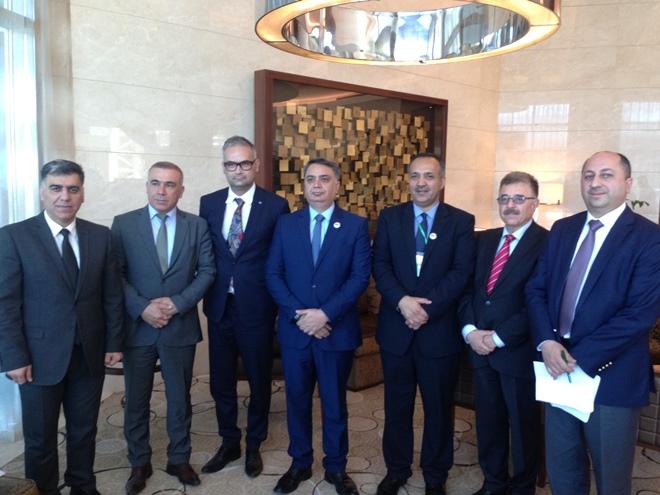 Zdjęcie zrobione podczas spotkania dr. hab. Macieja Kurcza z władzami lokalnych uniwersytetów w Kurdystanie