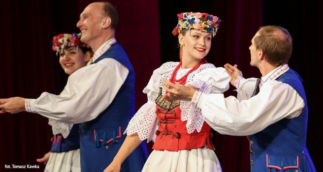 Tancerze ze Studenckiego Zespołu Pieśni i Tańca Katowice