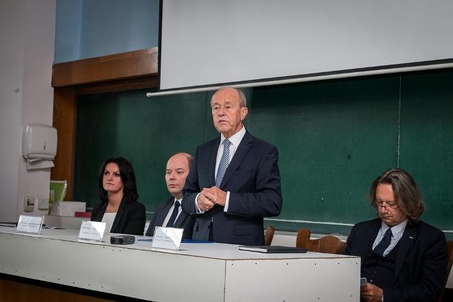 Konferencja prasowa, wystąpienie rektora UŚ prof. Andrzeja Kowalczyka