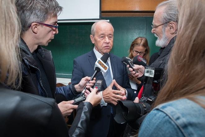 Konferencja prasowa, pytania indywidualne