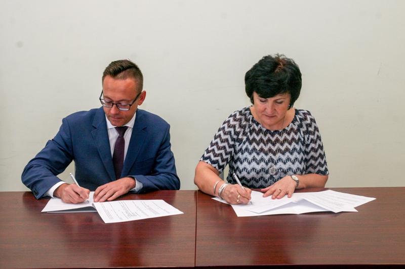 Podpisanie umowy z Liceum Ogólnokształcącym KSW w Libiążu