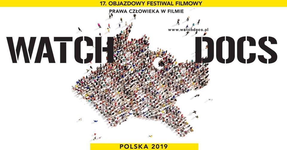 plakat wydarzenia: napis Watch Docs oraz kształt szczekającego psa utworzony przez stojących w grupie ludzi