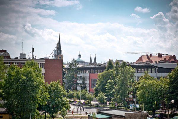 Fragment katowickiego kampusu Uniwersytetu Śląskiego/Part of the Katowice Campus of the University of Silesia