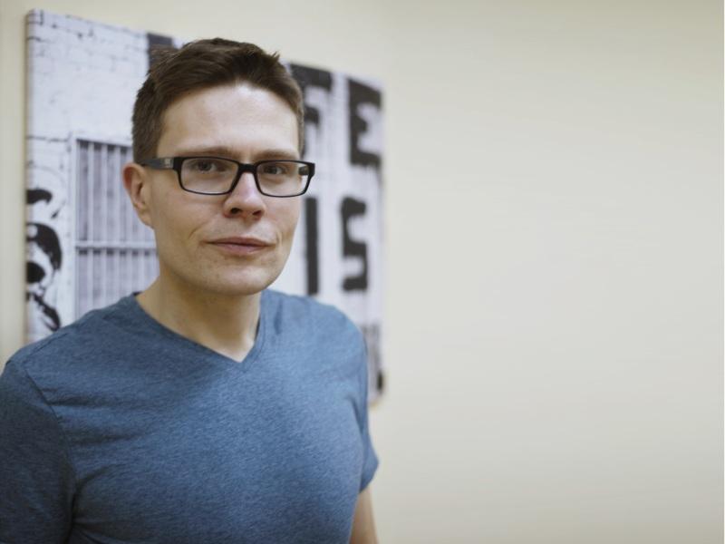 Zdjęcie portretowe dr. Mikołaja Marceli