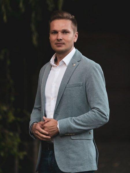 Dr Marcin Gierczyk