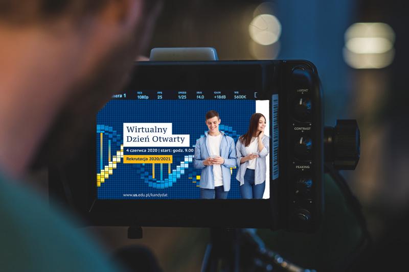 Kamera wideo i grafika promująca wirtualny dzień otwarty