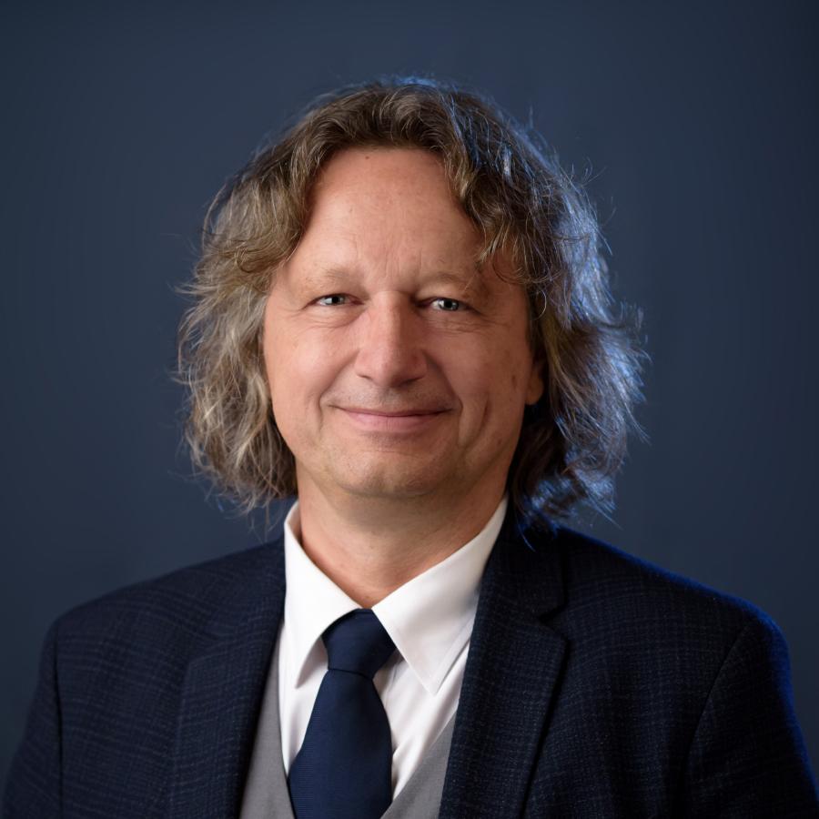 prof. dr hab. Ryszard Koziołek