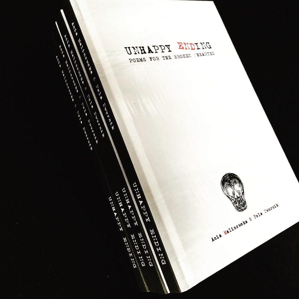 """okładka książki pt. """"Unhappy ending"""""""